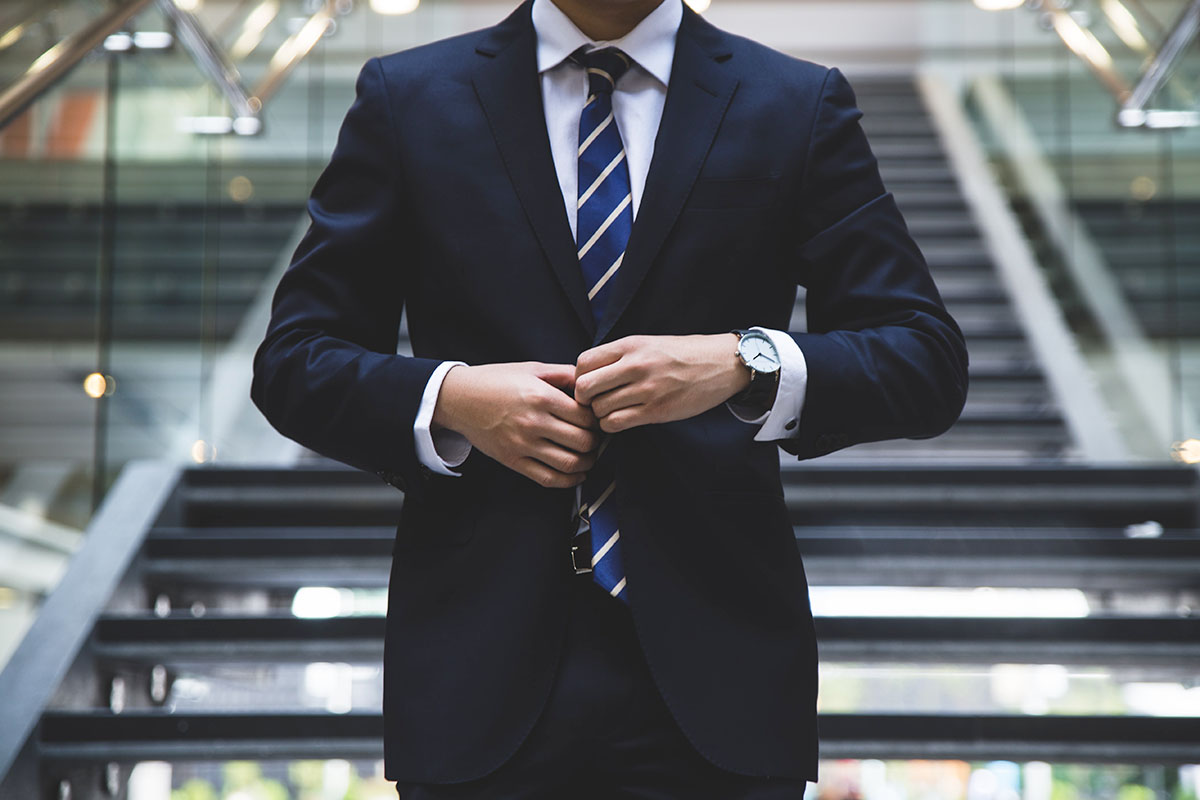 hunters-race-MYbhN8KaaEc-unsplash